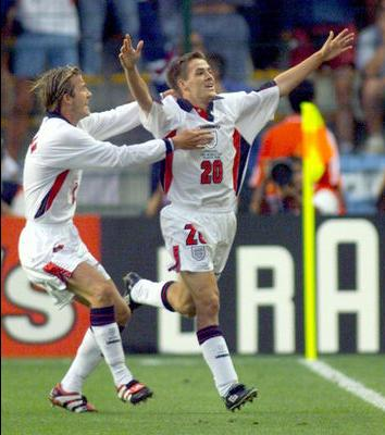 Owen and Beckham celebrating that second goal.
